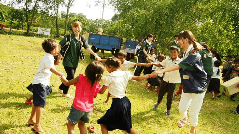 カンボジア学校建設活動の様子