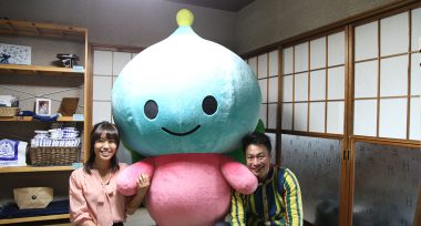 写真左から藤村さん、サニエル、佐藤さん
