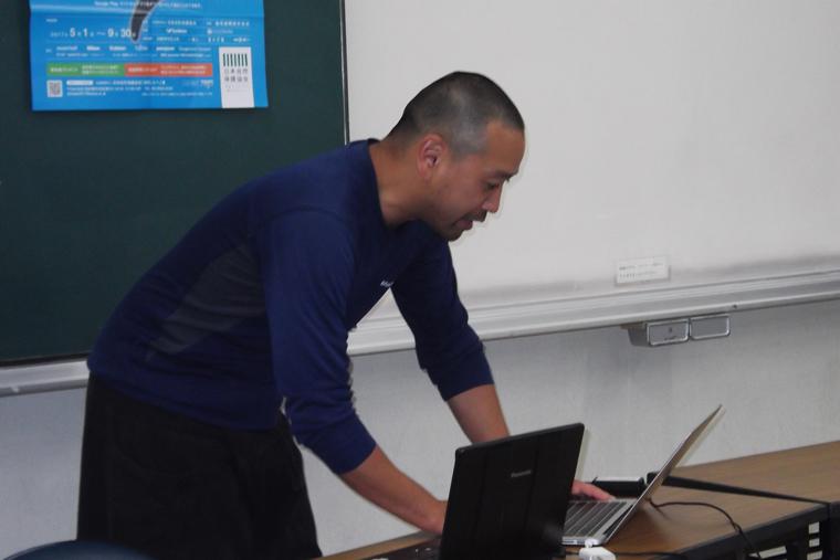 海部健三先生によるうなぎ講義の様子