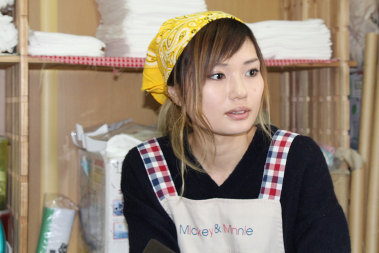 ピースジャムで働く千葉さん