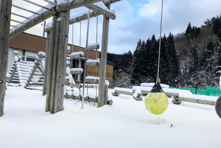 雪景色の工房
