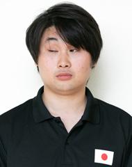 辻村選手の正面写真